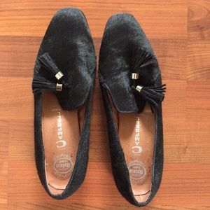 Gently used black loafers